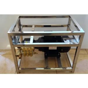 Nustatykite siurblį ir variklį ant rėmo, kad plautumėte su priedais 15 l / min 130 bar ekvivalento CAT350